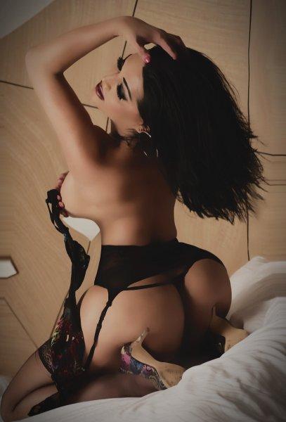 Divas escorts florida Aloisia Reportedly Tied To Escort Service, Former WWE Diva Serena Resurfaces, More, Wrestling-Edge